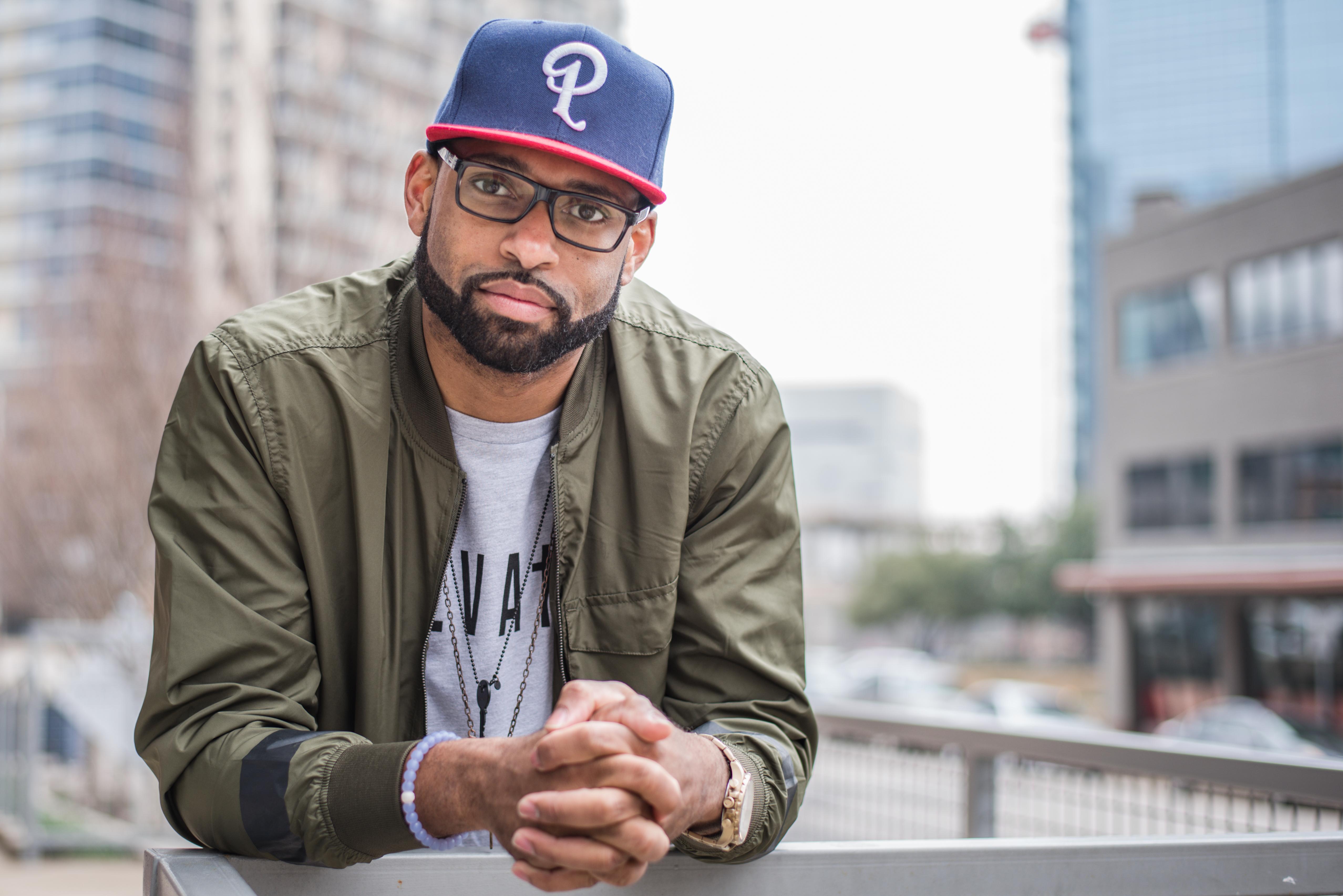 DJ Deaf is the official DJ for The Harlem Globetrotters
